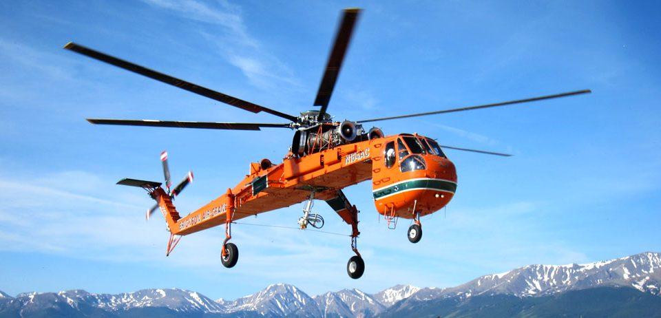 demontare macara cu elicopterul